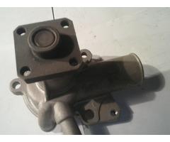 ford форд.1.3-1.6-1.8-2.0помпа воды новая