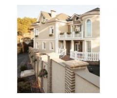 Продам дом (VIP-коттедж) в пригороде г. Симферополя